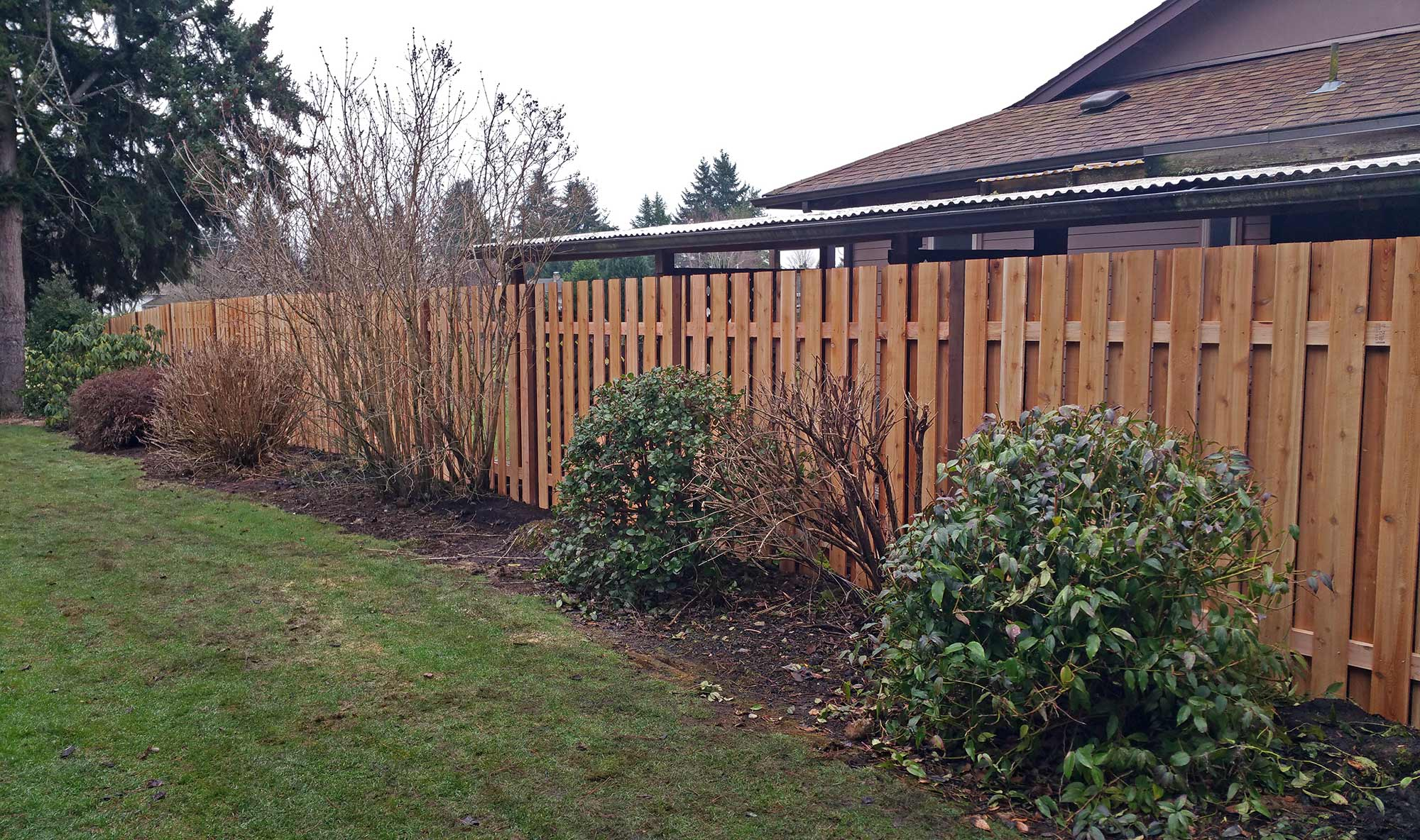 How To Be A Good Neighbor Ajb Landscaping Fence