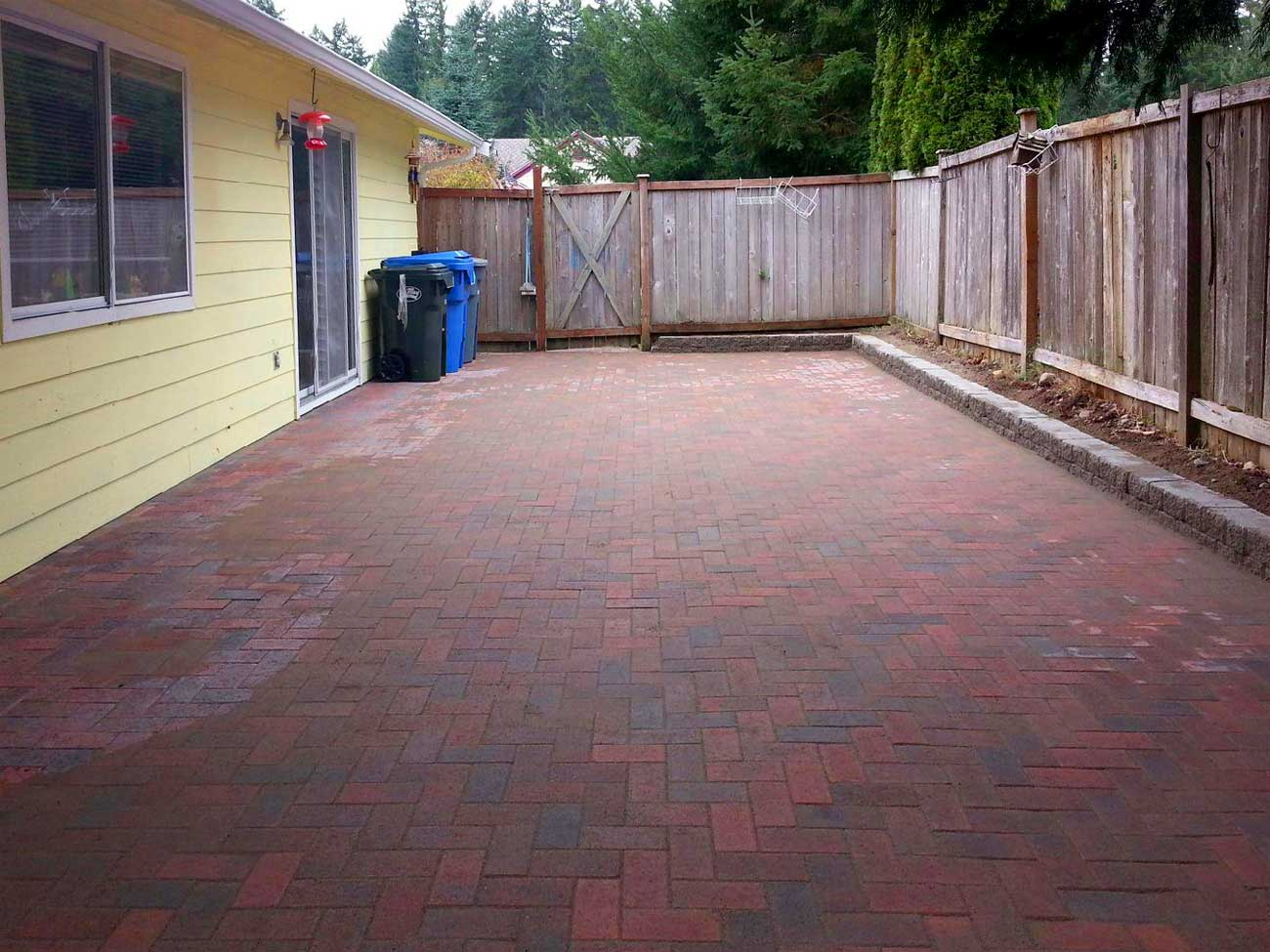This Boston Blend Paver Patio And Matching Retaining Wall Transformed This  Backyard And Provide Proper Drainage. Point To The Picture With Your Mouse  To See ...