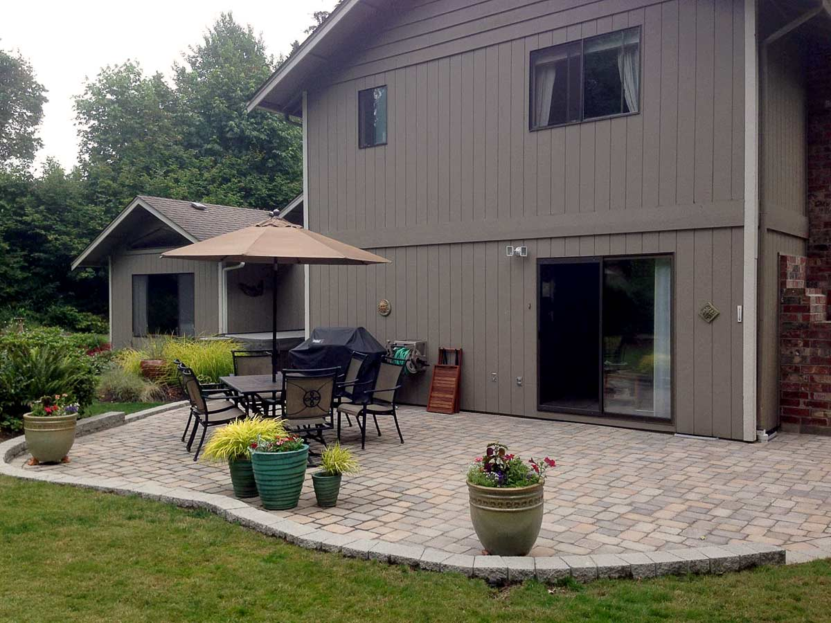 Tumwater paver patio transformation ajb landscaping fence for Small patio landscaping