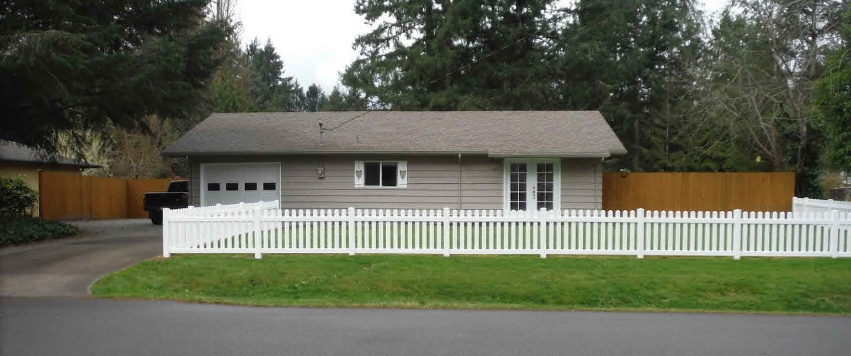 Photo provided by Tanna Knouse with testimonial for picket fence installed by AJB.